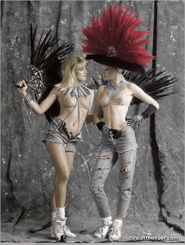 Photo of two showgirls from the Folies Bergere in Las Vegas